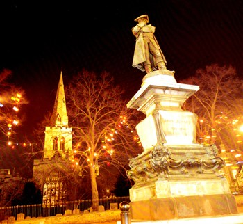 John Howard's Statue and St. Paul's Church at Christmas